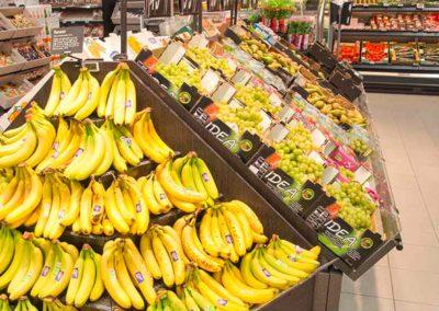 Hamarøy shoppingsenter - SPAR dagligvare butikk - frukt og grønt